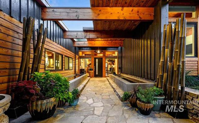 2565 S Mill Point Lane, Boise, ID 83712 (MLS #98766539) :: Jon Gosche Real Estate, LLC