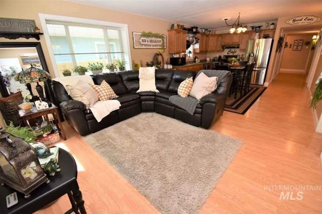 224 W Walnut Street, Genesee, ID 83832 (MLS #98766579) :: Beasley Realty
