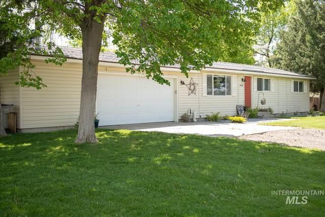 4480 SW Easy Street, Mountain Home, ID 83647 (MLS #98766868) :: Boise River Realty