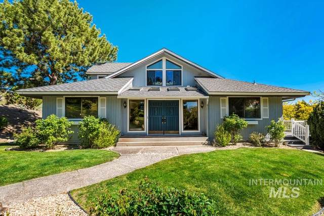 8688 W Brookside Ln, Boise, ID 83714 (MLS #98766896) :: City of Trees Real Estate
