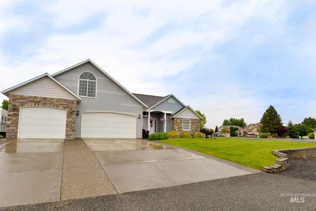 7464 Amberview Ct., Lewiston, ID 83501 (MLS #98766935) :: Beasley Realty