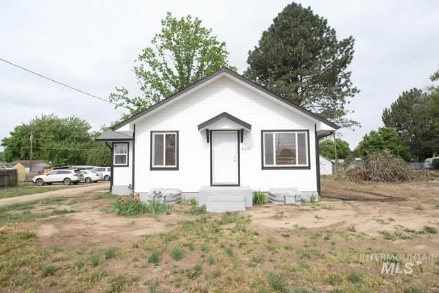 2219 N Whitley Dr, Fruitland, ID 83619 (MLS #98766991) :: Jon Gosche Real Estate, LLC