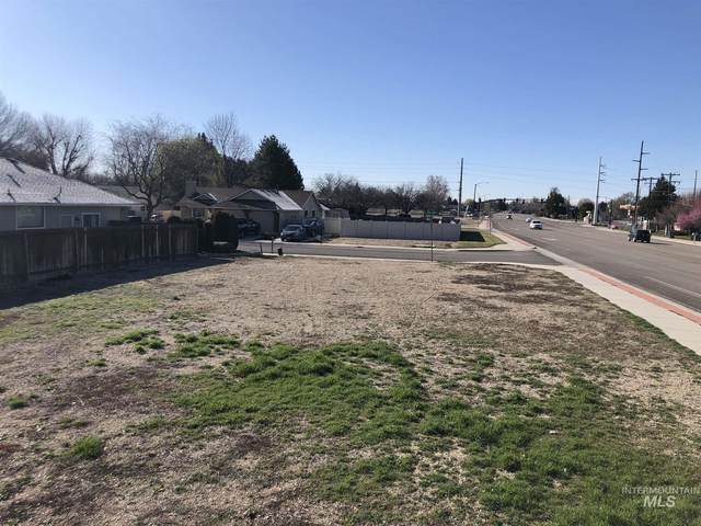 8960 W Midland Street, Boise, ID 83705 (MLS #98767004) :: Build Idaho