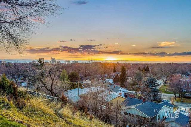 240 W Horizon Drive, Boise, ID 83702 (MLS #98767078) :: Team One Group Real Estate