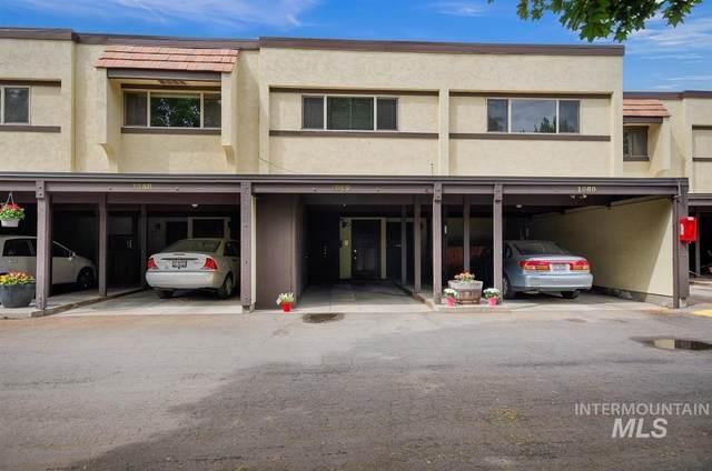 1062 N Camelot Dr, Boise, ID 83704 (MLS #98767365) :: Jon Gosche Real Estate, LLC