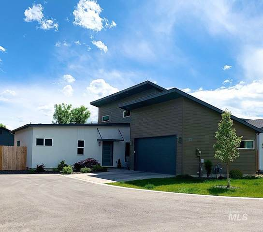 5945 W Lucky Ln., Boise, ID 83703 (MLS #98767583) :: Team One Group Real Estate
