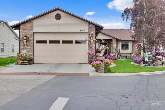 616 N Sterling St, Nampa, ID 83651 (MLS #98767641) :: Jon Gosche Real Estate, LLC
