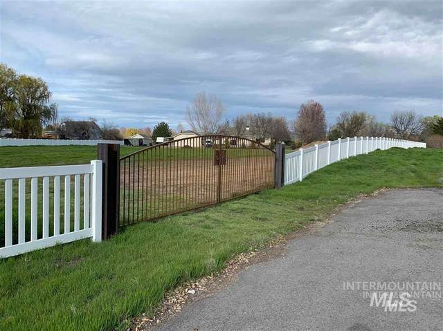 3000 Floating Feather, Eagle, ID 83616 (MLS #98767645) :: Full Sail Real Estate