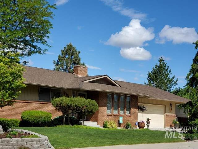 237 NW 20th St, Ontario, OR 97914 (MLS #98767826) :: New View Team