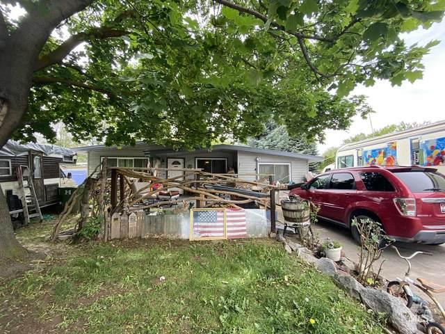 95 N Ada St, Nampa, ID 83651 (MLS #98767874) :: Team One Group Real Estate