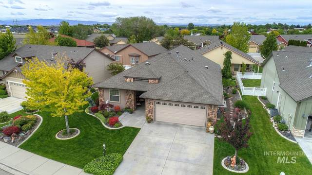 3803 S Greenbrier Rd, Nampa, ID 83686 (MLS #98767933) :: Jon Gosche Real Estate, LLC