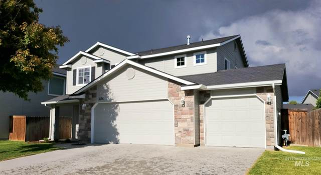 2176 N Cougar Way, Meridian, ID 83642 (MLS #98767981) :: Adam Alexander