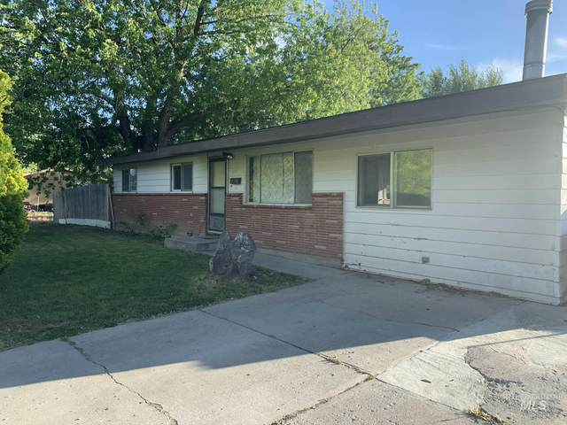 313 N 4th W, Mountain Home, ID 83647 (MLS #98768060) :: Boise River Realty