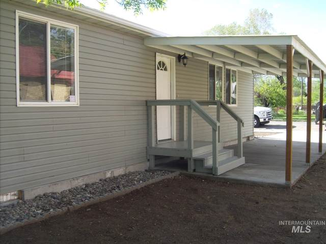605 South 4th Street, Rupert, ID 83350 (MLS #98768155) :: Full Sail Real Estate