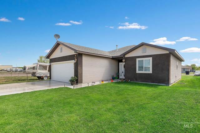 711 Yale Ave, Burley, ID 83318 (MLS #98768190) :: New View Team