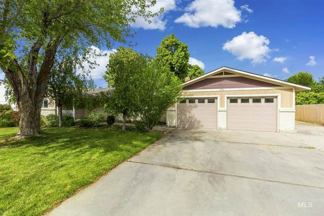 1551 S Cotterell, Boise, ID 83709 (MLS #98768201) :: Team One Group Real Estate