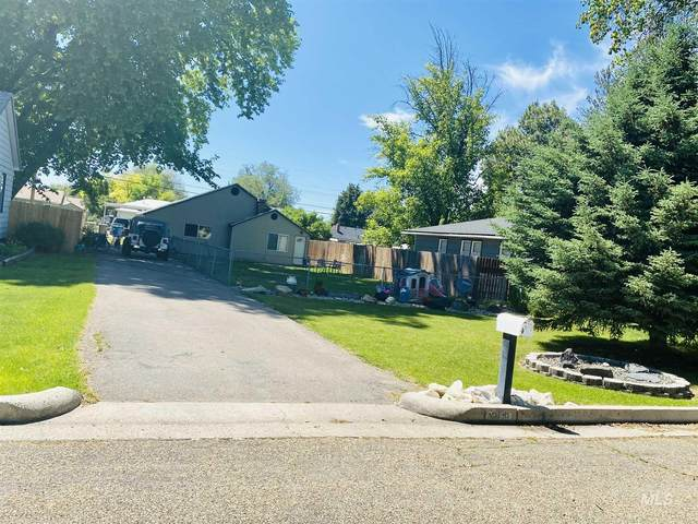 215 S Almond, Nampa, ID 83686 (MLS #98768286) :: Full Sail Real Estate