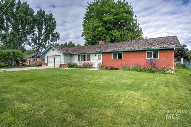 819 Lincoln Ave, Emmett, ID 83617 (MLS #98768322) :: Jon Gosche Real Estate, LLC