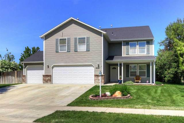 8152 E Shallon Dr, Nampa, ID 83687 (MLS #98768372) :: New View Team