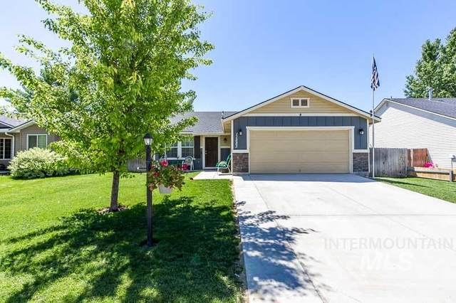 11883 Tidewater St, Caldwell, ID 83605 (MLS #98768402) :: New View Team