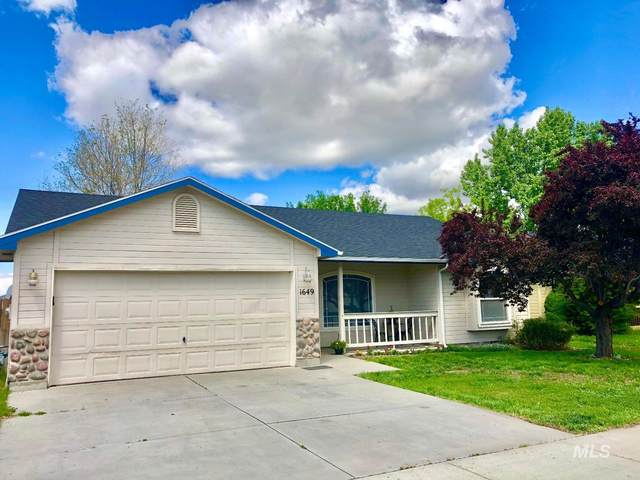 1649 N Klemmer, Kuna, ID 83634 (MLS #98768414) :: City of Trees Real Estate