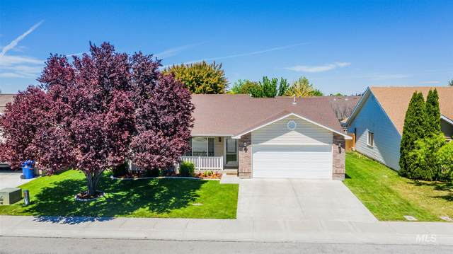 2453 Alderwood Avenue, Twin Falls, ID 83301 (MLS #98768426) :: Navigate Real Estate
