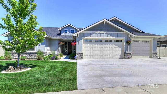 12394 S Sunrise Mist, Nampa, ID 83686 (MLS #98768485) :: Team One Group Real Estate