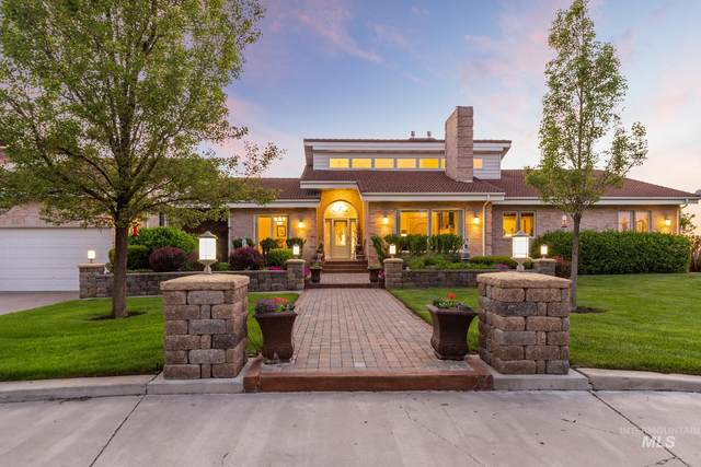 2547 Pole Line Road E, Twin Falls, ID 83301 (MLS #98768579) :: Team One Group Real Estate