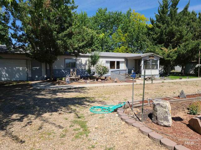 23355 Can Ada Rd, Star, ID 83669 (MLS #98768636) :: Epic Realty
