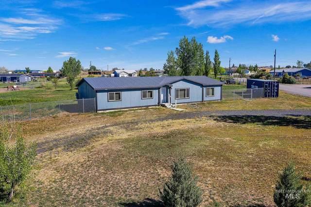 469 Clover Lane, Jerome, ID 83338 (MLS #98768645) :: Boise River Realty
