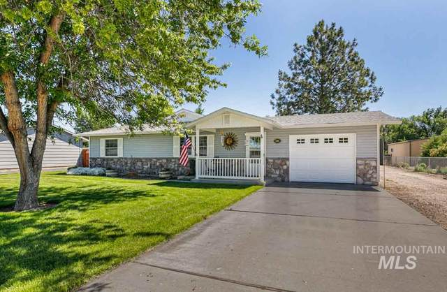 1468 Greenfields Loop, Emmett, ID 83617 (MLS #98768656) :: Team One Group Real Estate