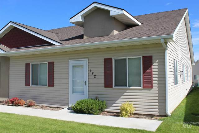 182 New Hampshire Way, Twin Falls, ID 83301 (MLS #98768793) :: Team One Group Real Estate