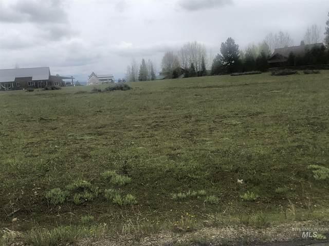 1009 Valley Rim Road, Mccall, ID 83638 (MLS #98768836) :: Juniper Realty Group