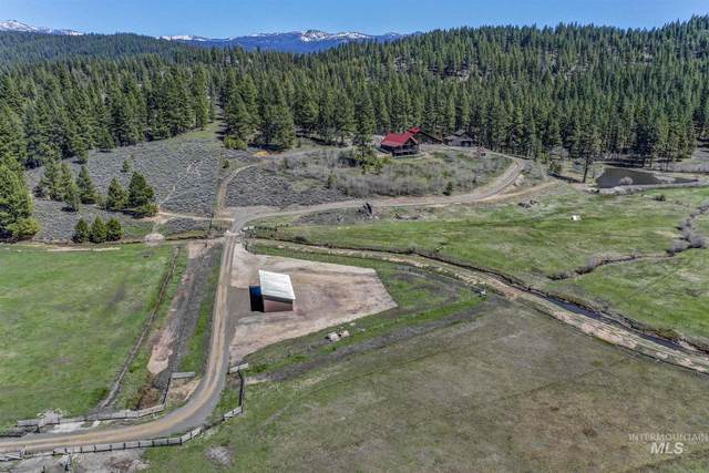 187 Davis Creek Lane, Donnelly, ID 83615 (MLS #98768899) :: Beasley Realty