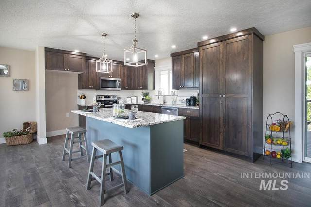4851 Hemlock Way, Nampa, ID 83687 (MLS #98768936) :: Idaho Real Estate Pros