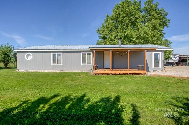 2181 Berglund Rd, Emmett, ID 83617 (MLS #98768943) :: Team One Group Real Estate