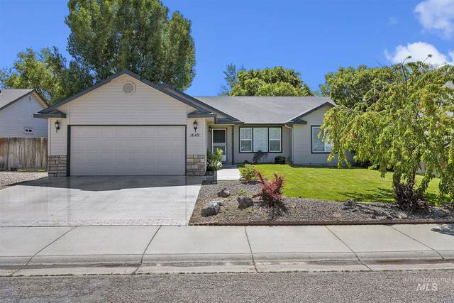 1649 N Buckler Way, Kuna, ID 83634 (MLS #98769011) :: Minegar Gamble Premier Real Estate Services