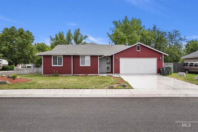 1061 W Newport St., Meridian, ID 83642 (MLS #98769028) :: Michael Ryan Real Estate