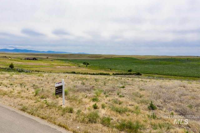 7877 W Sonara Rd, Caldwell, ID 83607 (MLS #98769035) :: Team One Group Real Estate