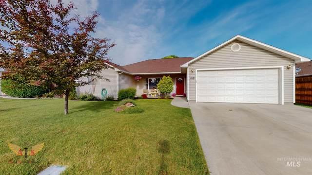 1110 Cortes Loop, Twin Falls, ID 83301 (MLS #98769107) :: Silvercreek Realty Group