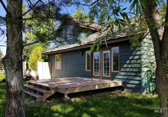 4131 N 2200 E Mayflower Road, Filer, ID 83328 (MLS #98769145) :: Boise River Realty