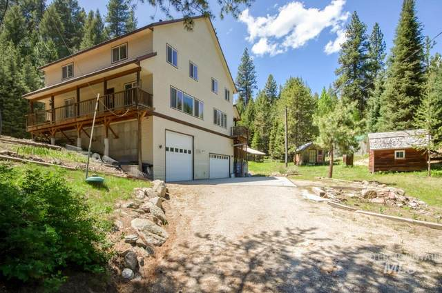 10135 Round Valley Rd, Cascade, ID 83611 (MLS #98769248) :: Boise River Realty