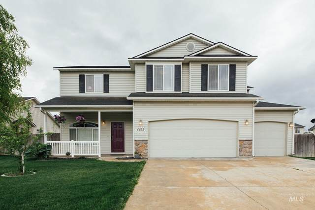 1955 W Crown Pointe Ave, Nampa, ID 83651 (MLS #98769293) :: New View Team