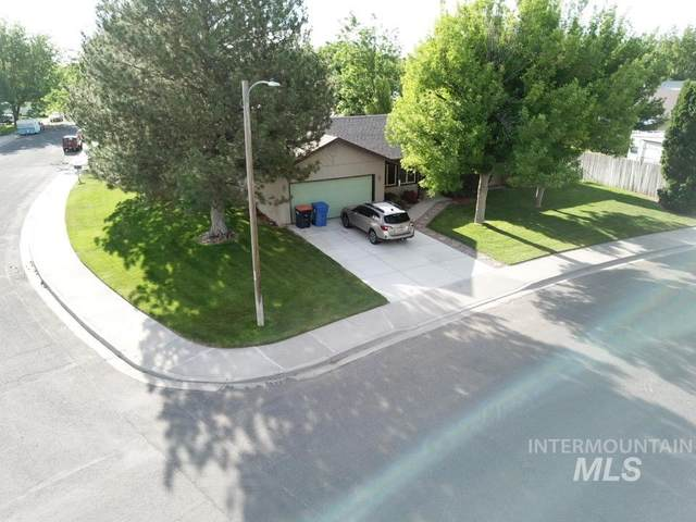 1030 Twin Parks Dr., Twin Falls, ID 83301 (MLS #98769333) :: Beasley Realty