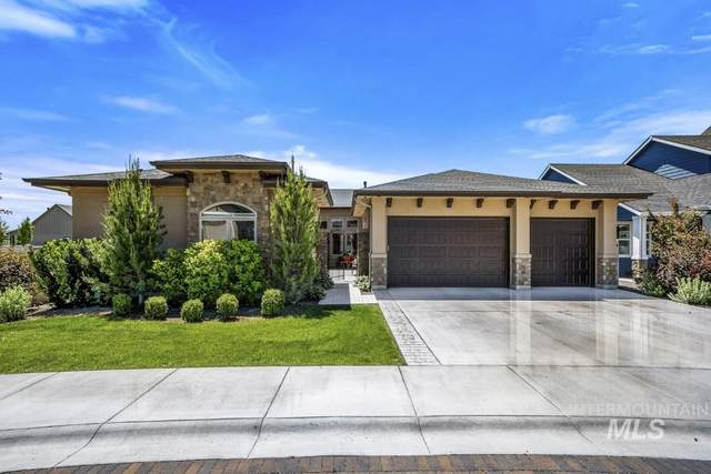 3833 W Daphne, Meridian, ID 83646 (MLS #98769477) :: New View Team