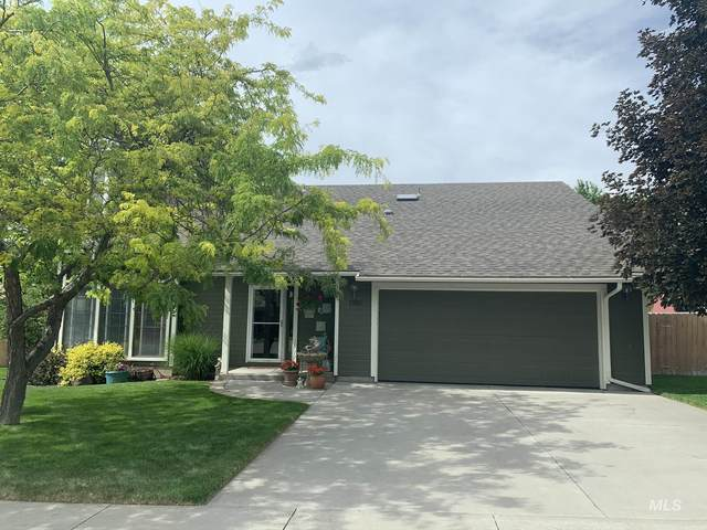 1510 Centennial Drive, Mountain Home, ID 83647 (MLS #98769483) :: New View Team
