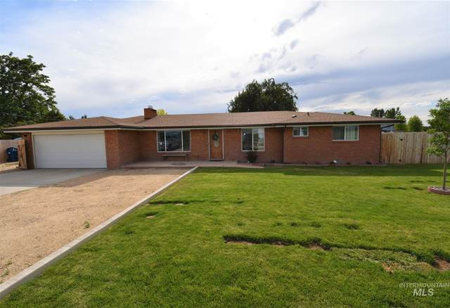 2405 S Happy Valley Rd, Nampa, ID 83686 (MLS #98769512) :: Jon Gosche Real Estate, LLC