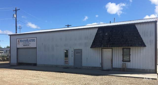 212 W Elgin St, Caldwell, ID 83605 (MLS #98769645) :: Minegar Gamble Premier Real Estate Services