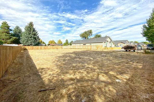 971 Americana Circle, Twin Falls, ID 83301 (MLS #98769957) :: Boise River Realty