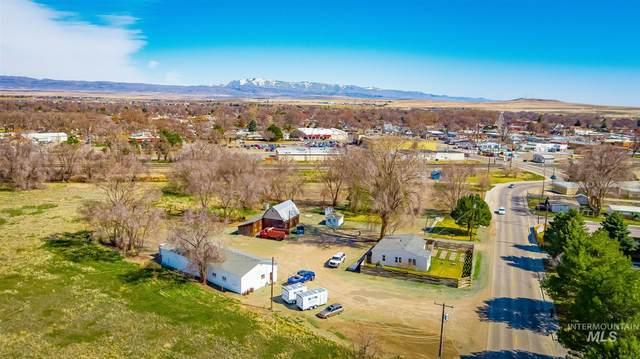 430 W 5th N, Mountain Home, ID 83647 (MLS #98770207) :: Bafundi Real Estate
